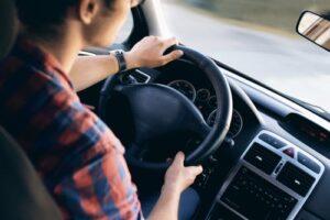 Ta körkort med hjälp av privatlån